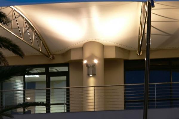 unique-lighting-brookes-pavilion0293ADAECE2-0BB0-F5DE-7CED-E49B156A231C.jpg