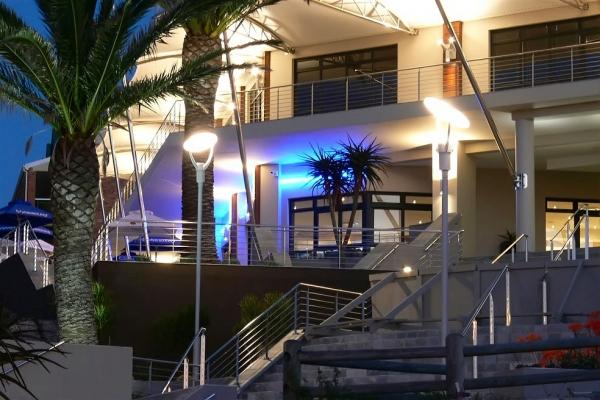 unique-lighting-brookes-pavilion0338671122F-EF55-CA14-7EA5-98B413CCEF18.jpg