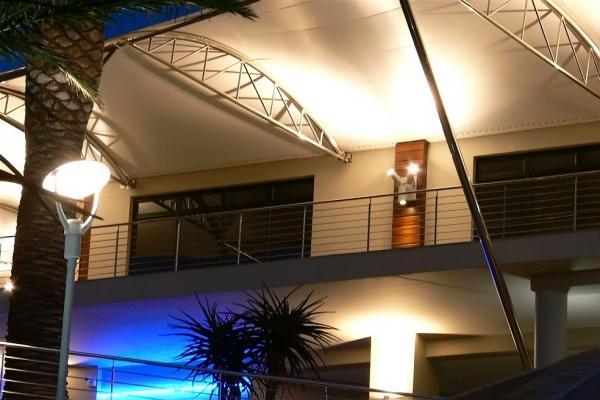 unique-lighting-brookes-pavilion03544923D86-1B8A-2C8E-22B1-ACB23D279D61.jpg