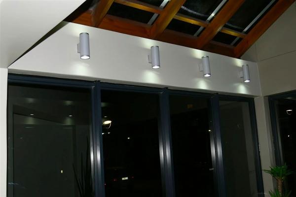 unique-lighting-brookes-pavilion05582682175-8828-9CA9-DAB6-7417BB50E7D7.jpg