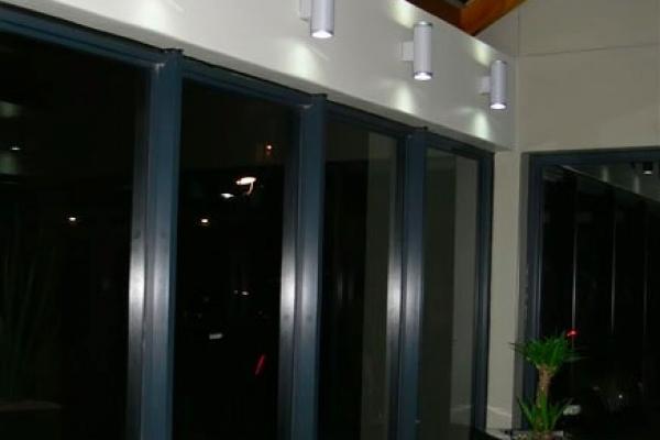unique-lighting-brookes-pavilion0567F8626F6-4C17-36FE-2E96-4E39B8DBD226.jpg
