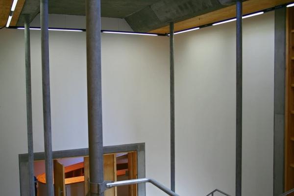 unique-lighting-red-location-museum00485B03430-3C0B-82E7-BEF1-B10EDEC15362.jpg