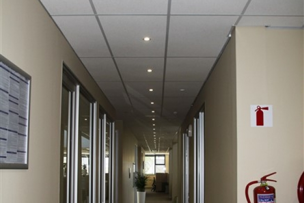 unique-lighting-nedbank-george006EB3E822C-B081-5BBD-7828-ED41A98BD6A9.jpg