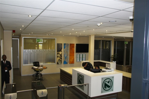 unique-lighting-nedbank-george013A1EF1A00-8655-6D28-463C-95602EB6BC4E.jpg